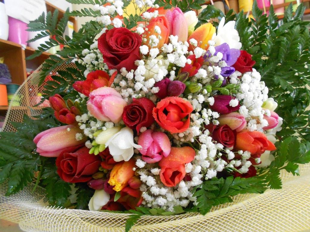 Mazzo fiori misti primaverili la fiorista - Fiori primaverili ...